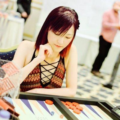 Akiko-Yazawa-backgammon